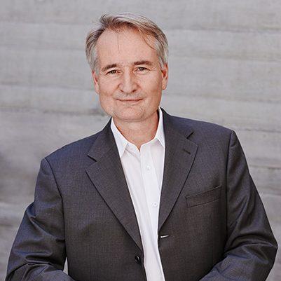 Prof. Axel Kolaschnik